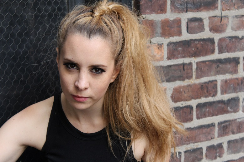 Jennifer Pernía: Una artista a quien seguirle lapista